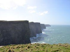 Berühmte Touristenattraktion und beliebte Filmkulisse: die Cliffs of Moher an der Südwestküste Irlands