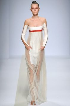 future, futuristic, Pedro Lourenco, future girl, future fashion, futuristic clothing, futuristic fashion, futuristic dress, girl in white by FuturisticNews