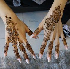 Gorgeous Henna Ideas from Intricate to Elaborate - TattooBlend Henna Hand Designs, Mehndi Designs Finger, Modern Mehndi Designs, Mehndi Designs For Beginners, Mehndi Designs For Girls, Mehndi Design Photos, Wedding Mehndi Designs, Mehndi Designs For Fingers, Beautiful Henna Designs
