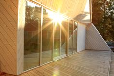 Atelier House Arctic Larch deck finished.