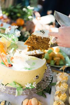 "Citrus Spiced Cake for Aiden's ""In the Orange Garden"" Party : Design and Styling by ELK Prints. Orange Birthday Parties, Birthday Party Decorations, Baby Birthday, Birthday Ideas, Orange Trees, Chicken Risotto, Spice Cake, Sugar Flowers, Savoury Dishes"
