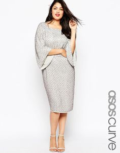 Shop for women's plus size clothing with ASOS. Discover plus size fashion and shop ASOS Curve for the latest styles for curvy women. Midi Dresses Uk, Floral Midi Dress, Plus Size Dresses, Plus Size Outfits, Sequin Dress, Plus Size Fashion For Women, Plus Size Womens Clothing, Asos Curve, Knit Dress