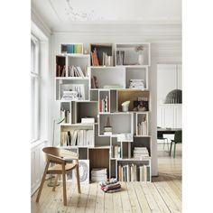 Scandinavian home library.: Scandinavian home library. posted by Whatisindustriald - Daily Home Decorations Unique Shelves, Diy Casa, Deco Design, Design Moderne, Design Design, Scandinavian Home, Scandinavian Furniture, Nordic Furniture, Small Spaces