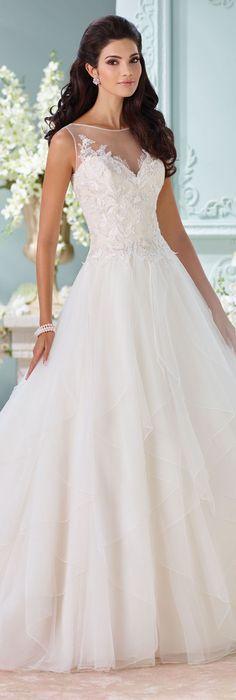 Beautiful #sleeveless #weddinggown by @moncheribridals #weddingdress #sweetheart #neckline