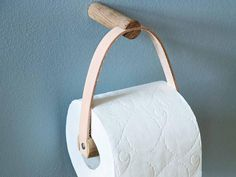 Toilet Paper Holder fra By Wirth