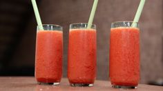 Mango daiquiri Foto: Fra TV-serien Anne lager mat i New York / DR Cocktail Drinks, Cocktail Recipes, Cocktails, Mango Daiquiri, German Beer, Different Recipes, Milkshake, Craft Beer, Food And Drink