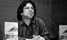 Fernando Iwasaki afirma que los libros digitales no acabarán con el papel.