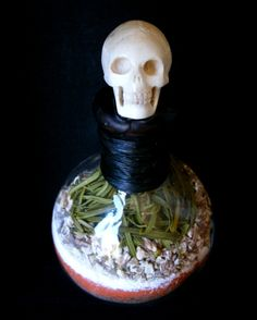 Make a spirit or ancestors bottle -  Pinned by The Mystic's Emporium on Etsy