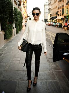 Inspiração preto e branco! Tendência Piccadilly! #mirandakerr #lookdodia #inspiration #blackandwhite #pretoebranco #moda
