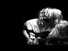Song of the day - Lissie : Go Your Own Way (07-28-12/Not official video)