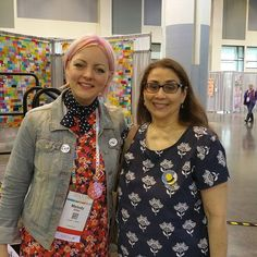 Meeting @missmelodymiller at #quiltcon2017 while wearing my #cottonandsteel Bluebird Cornflower tee.  WOW!!!! #scouttee #grainlinestudiorox.beescouttee,cottonandsteel,quiltcon2017,grainlinestudio