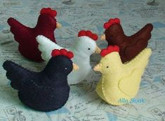 The listing is for ONE hen. Chickens come in so many colours and breeds. Here I give you five choices to build your personalized flock. The hen measures approximately 9cm tall and 8 cm from front to back. As part of the Farmyard Collection they are made in scale to the other farmyard animals. The