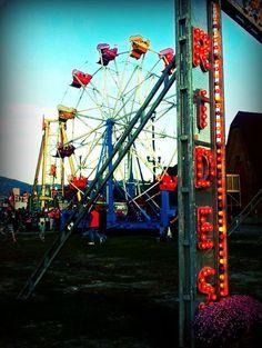 rides, carnival, ferris wheel