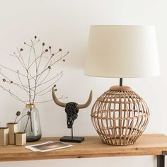 Rattan Lamp with Beige Shade Wicker Lamp Shade, Rattan Lamp, Art Deco Stil, Master Room, Diy Room Decor, Home Decor, Lampshades, End Tables, Table Lamp