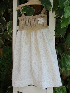 527c5e36b Vestidito de niña con canesú de ganchillo  toddlerdresses Corpiño Crochet