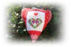 Geldgeschenk  Weihnachten Landhausstil rot weiß von Antjes Design auf DaWanda.com