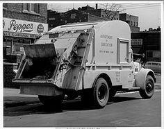 The World& most recently posted photos of dsny and sanitation . Antique Trucks, Vintage Trucks, Rubbish Truck, Equipment Trailers, Garbage Truck, Paper Models, Classic Trucks, Old Antiques, Cool Trucks