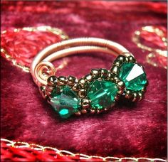 Jewelry Tutorials Rings - Wire Wrap crystal emerald and copper wire ring  No 36.... $4.00, via Etsy.