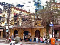 Side-walk food stall @ Hanoi, Vietnam.