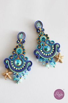 """Soutache earrings """"The mirror of the mermaid"""". Entirely hand-sewn by Reje, Italian jewelry designer. Thread Jewellery, Soutache Jewelry, Fabric Jewelry, Beaded Earrings, Polymer Clay Charms, Polymer Clay Art, Handmade Necklaces, Handcrafted Jewelry, Shibori"""