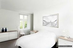 Minimalist Bedroom With Calm Color Combination - http://www.smallroomdesigns.com/small-bedroom-design/minimalist-bedroom-with-calm-color-combination.html