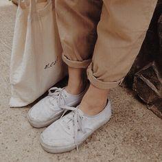 beige and white aesthetic K Fashion, Grunge Fashion, Korea Fashion, Fashion Trends, Pale Aesthetic, Korean Aesthetic, Aesthetic Pics, Girly, Bow Sneakers