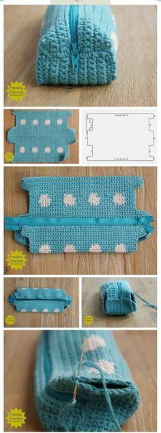 Crochet handbags 154248355972989246 - sac au crochet Source by Clutch En Crochet, Crochet Pencil Case, Crochet Pouch, Crochet Diy, Crochet Amigurumi, Crochet Gifts, Crochet Summer, Crochet Flower, Crochet Ideas