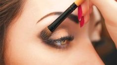Makeup Tutorials & Makeup Tips : Want your eyes to look more stunning than ever? Check out our guide on the right