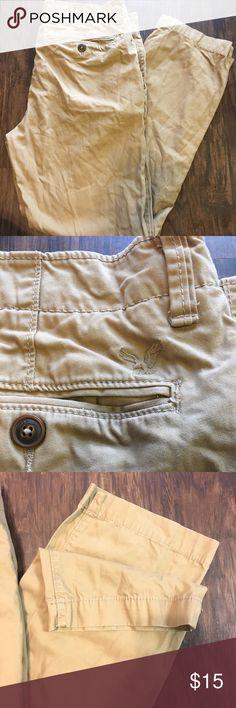 men's American Eagle Khaki Pants Size:34/32 GREAT CONDITION!!! Gently Used Men's American Eagle Khaki Pants Size:34/32 Measurements: Waist-34 inches Inseam-30 inches Length-40.5 inches rise-12 inches American Eagle Outfitters Pants Chinos & Khakis