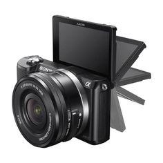 20,1-megapixels sensor. 3-tums vinklingsbar skärm. 16-50 mm-objektiv
