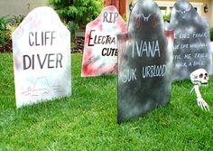 20 spooktacular diy halloween decorations halloween tombstonesfunny - Funny Halloween Tombstones