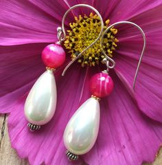 Lovely dangle earrings with pink Agate and by Rockchicsieraden
