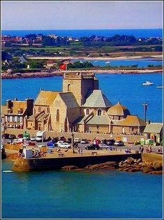 Region Normandie, Ville France, Normandy France, Beaux Villages, Parcs, Continents, Interior Design Living Room, Camping, Places To Go