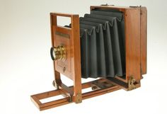 Each of William Notman's photographic styles required a different camera. This large-format view camera from c. 1870 was manufactured by Scovill in Waterbury, Connecticut. Waterbury Connecticut, Large Format, Cameras, Book Art, Life, Style, Swag, Stylus, Camera