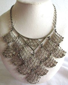 "VINTAGE ESTATE 15"" SILVERTONE ART DECO WATERFALL MESH LARGE BIB NECKLACE"