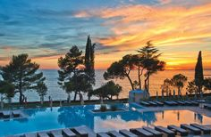 Top 10 Croatia getaways: Beautiful country which genuinely has something for everyone - Mirror Online Places To Travel, Places To Visit, Haul, Beautiful Places In The World, Beautiful Beaches, Rock Festivals, Adriatic Sea, Train Travel, Sunset