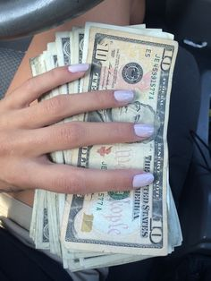 I am a Powerfully Charged Money Magnet! Mo Money, How To Get Money, Money Girl, Money Stacks, Future Goals, Life Goals, Law Of Attraction, Wealth, Luxury