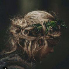 Beautiful Bridal Hair  @dawnlthomson  @elainesharpe54