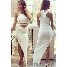 Resultado de imagen para conjuntos falda y blusa espalda afuera
