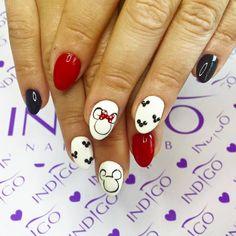 by Agata Kaczmarek Indigo Young Team :) Follow us on Pinterest. Find more inspiration at www.indigo-nails.com #nailart #nails #indigo #mini #mouse #miki #red #heart