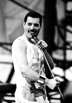 Freddie Love