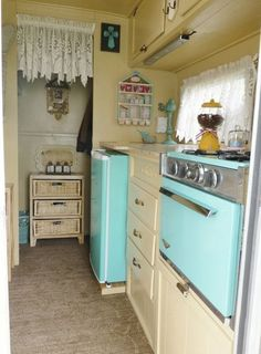Inspiring 65+ Awesome RV Hacks Ideas https://ideacoration.co/2017/05/29/65-awesome-rv-hacks-ideas/ Her site offers reviews, photography and, naturally, tonnes of excellent tips. Also you will discover links for more details about installation and materials required for these RV mods. #HomeAppliancesCampers #rvhacksrvmods