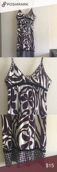 ROXY dress Worn few times. Excellent condition.cute dress for summer or bathing suit cover up Roxy Dresses