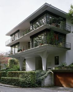 Stuhl Haus Stadt - Fora Steiger-Crawford & Rudolf Steiger