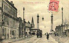 avenue honoré serres Toulouse, Taj Mahal, France, Architecture, Rose, Building, Travel, Painting, Chalets