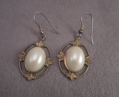 Gold Tone and Faux Pearl Pierced Earrings c1970s by thejeweledbear on Etsy