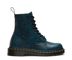 All the history of the original, iconic 8-eye 1460—updated with a digital, textured snakeskin print. Ready for a miniskirt, tights and some blood-red lips, this Pascal is a fashion-forward nod to punk with an irreverent edge. The Viper Pascal is all original, tough Dr. Martens craftsmanship, with the signature AirWair bouncing sole for durability and comfort. It's Goodyear-welted, meaning the upper and sole are sewn together in our heat-sealed yellow z-welt stitch. Viper is a fashion…