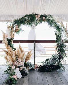 12 Australian Wedding Florists To Follow!