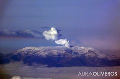 Volcán Colombiano desde el aire - Fotografía por Aura Oliveros 2014