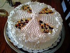 Oroszkrém torta, bámulatos sütemény, tele minden finomsággal Cake Decorating, Meals, Cooking, Minden, Desserts, Recipes, Food, Kitchen, Tailgate Desserts
